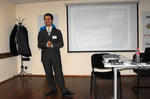 Иво Радуловски на Drupal срещата през април 2010, Снимка: Георги Атанасов