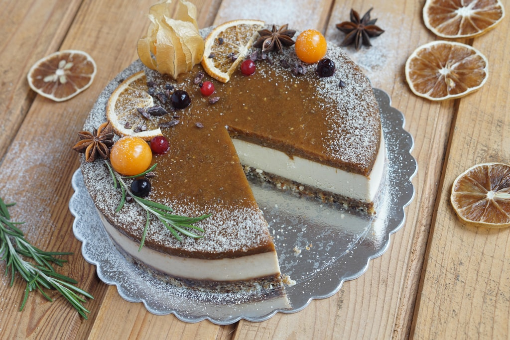 Сурова торта от rawcakes.bg